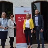 Bild (v. links): Bianca Poschenrieder; 2. Bürgermeisterin von Zorneding; SPD-Europaabgeordnete Maria Noichl; SPD-Landtagsabgeordnete Doris Rauscher; Thomas Vogt, SPD –Kreisvorsitzender Ebersberg